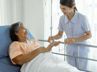 Cuidar a un paciente encamado